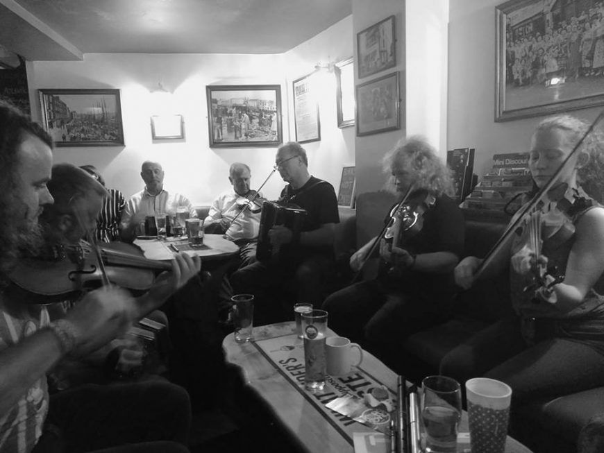 Folk Session at The Dolphin, Plymouth